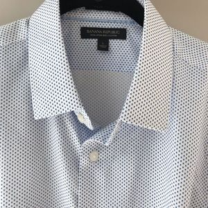 Grant Slim Fit Shirt from Banana Republic. NWT